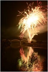 SPETTACOLO DI LUCI AD ALBAREDO D'ADIGE ITALIA (lucio 1966) Tags: ponte fuoco fuochi colori sfumature acqua effetto effetti riflesso riflessi