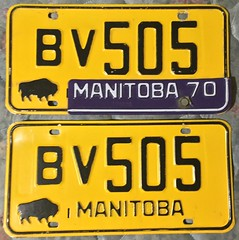 MANITOBA 1970 ---LICENSE PLATE PAIR (woody1778a) Tags: manitoba 1970 canada licenseplate numberplate registrationplate mycollection myhobby woody