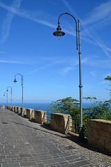 Silvi Alta (boscam) Tags: italia abruzzo silvi belvedere lampione streetlamp