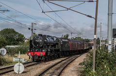 46115 - 1Z25 - Grantham - 25.09.2016(2) (Tom Watson 70013) Tags: grantham goods loop steam train rail railway station tour 1z25 derby derbyshire skegness children hospital royal scot 46115 lms 6115 guardsman wcrc engine west coast company