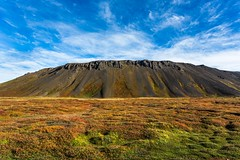 Bjarfjall eistareykir (Einar Schioth) Tags: bjarfjall mountain sky sunshine day autumm autummcolors canon clouds cloud cliff nationalgeographic ngc nature landscape photo picture outdoor iceland sland eystareykir theistareykir einarschioth