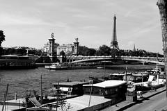 Sena (h.m1505) Tags: paris alejandro iii eiffel rio sena france barcos