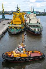 ROSMORPORT ICEBREAKERS + NEPTUN TUG (LeHavreShips) Tags: eisbrecher jnmurtaja ijsbreker briseglace  isbryder isbrytare  isbryter