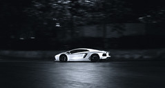 Aventador by night (ThomasGroenhuijsen) Tags: white black london nikon thomas sigma 1770 lamborghini d90 2845 thomasgroenhuijsen groenhuijsen aventador
