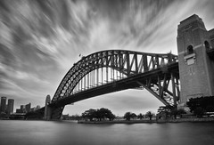 Sydney Harbour Bridge (Leighton Wallis) Tags: clouds harbor movement sydney australia lee nsw newsouthwales coathanger sydneyharbour sydneyharbourbridge milsonspoint portjackson bigstopper