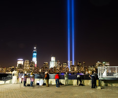 Tribute in Light 2012 (dandimar) Tags: world park light ny tower museum liberty freedom memorial state manhattan towers 911 nj twin center 11 september tribute trade financial 2012