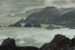 La Roca que mira..... (Geli-L) Tags: mar asturias playa soe niebla acantilado rocas lacaridad cormorán cambaredo platinumpeaceaward rememberthatmomentlevel1 rememberthatmomentlevel2 rememberthatmomentlevel3