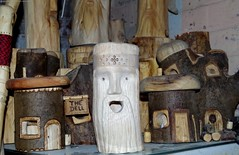 wood carving (Simon Dell Photography) Tags: simon dell sheffield wood carving hand made log face head green man tree spirit