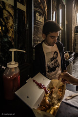 Muhammad Ali 06160133 (meriwaniart) Tags: portrait sarhang hars wearing tshirt with photo muhammad ali legend borough market london june 2016 meriwani art photography