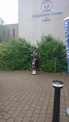 Day 259 (Emmadukew) Tags: pad16 1picaday2016 259366 bagpiper