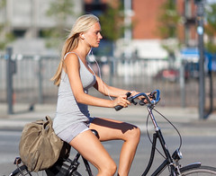 Copenhagen Bikehaven by Mellbin - Bike Cycle Bicycle - 2012 - 8729 (Franz-Michael S. Mellbin) Tags: street people beautiful smart fashion bike bicycle copenhagen denmark cycling cyclist bokeh style bicicleta cycle biking bici neat elegant  velo fahrrad vlo stylish sykkel fiets rower cykel urbanlife fashionable  accessorize copenhague         biciclettes  cyclechic cycleculture    copenhagencyclechic  copenhagenize bikehaven copenhagenbikehaven velofashion copenhagencycleculture