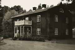 Alsters mansion (Joelthor100) Tags: summer house photoshop photo nikon sweden oldschool karlstad gradient mansion alster 2012 d5100