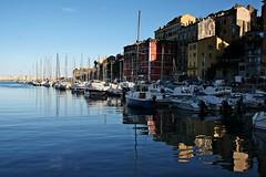 Le Vieux Port (Kalos eidos) Tags: houses water port reflections puerto agua barcos ships corsica case porto casas acqua navi riflessi bastia reflejada
