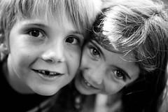 IMG_6115.jpg (sandrox26) Tags: portrait children child enfant roxane noietblanc amitis