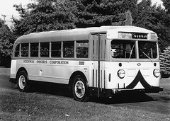 Mack 1939 modelo CW (ROGALI) Tags: new york bus queens mack 1939 omnibus guagua modelcw steinwayomnibuscorporation