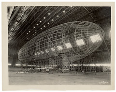 Photograph of the Nose of the USS Akron being Attached, ca. 1933 (The U.S. National Archives) Tags: ohio aircraft aviation hangar zeppelin airship usnavy usn goodyear akron dirigible akc lighterthanair navalaviation unitedstatesnavy akronohio akronoh goodyearzeppelin kakr airshiphangar ussakron goodyearairdock usnationalarchives zrs4 dirigiblehangar akronfultonairport akronfultoninternationalairport ussakronzrs4 nara:arcid=6821379 goodyearzeppelincorporation