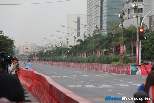 Hamilton-Mumbai-McLaren-F1-Drive-01