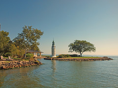 Bray's Point (Rockwell) Lighthouse (Jim Bauer) Tags: lighthouse water cameraclub lakewinnebago becon