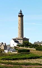Phare de l'le de Batz (Alexia Thirion) Tags: ledebatz bretagne mer vacances phare paysages sea holiday headlight britain landscape