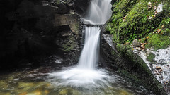 Thundering Waterfall, St Nectan's Glen, Cornwall (throzen) Tags: cornwall nectans glen europe 2016 landscape forest nature outdoor outdoors wildlife stream waterfall water fluid polarizer silk silky devon south west sky