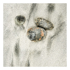 Baleshare beach abstracts (Stan Farrow Photography) Tags: baleshare northuist hebrides scotland atlantic sand stones pebbles beach abstracts peat