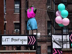 Entrance to Lit Boutique (AntyDiluvian) Tags: boston massachusetts backbay street newburystreet shop store boutique litboutique wall balloons mannequin sign
