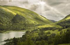 Thirlmere Sunbeams (manphibian) Tags: thirlmere lake distrivt cumbria lakes sunbeams sun clouds water sky summer sunshine castlerigg