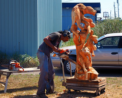 Chainsaw craftsman at work (Tony Cyphert) Tags: chainsaw carver artist sculpture
