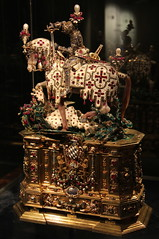 St. George and the Dragon (just.Luc) Tags: statuette munich mnchen museum muse horse preciousstones gems knight armour paard ridder cheval chevalier saint george dragon draak bavaria bayern bavire beieren duitsland deutschland allemagne germany reliquary