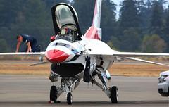 Thunderbird 5 (kentmatthiesen) Tags: usaf lockheed martin f16c thunderbird 5 solo aircraft jblm jblmawe