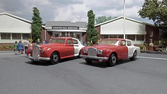 Red & White Rolls Royce Pair. (ManOfYorkshire) Tags: rolls royce rollsroyce silver cloud 2 shadow matchbox lesney diecast 164 scale models toys chestonhill services diorama toy repainted detailed restored redwhite motorway