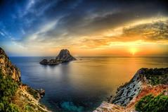 Ibiza - eivissa (ibizagocar) Tags: cliff ibiza sun acantilados amanecer atardecer balearic eivissa esvedra francoli island landscapes thebalearicislands vedra ibioza baleares espaa es