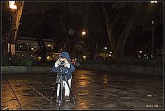20110903_156-_- (JLuis Garcia R) Tags: noche trabajo foto centro samsung portales infantil oaxaca nocturna nio sesion patrias camara zocalo centrohistorico fotografo fotografiando nocturno fotografica tripode equipo lluvioso accin fotografico enseanza flujo tripie oax afanoso fotografito arduo jluis equipofotografico fotgrafico flujodetrabajo jluiso jluisgr jluisgarciar jlgr joseluisgarciar joseluisgarciaramirez