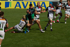 Joe Marler in with the tackle (PriceyBoy2010) Tags: sport rugby quins harlequins quinsrugby joegray georgerobson nickeaster joemarler