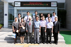 PO_ROK_20120814_2713 (FAO News) Tags: groupphoto offices suwon governmentofficials republicofkorea asiaandthepacific directorgeneraltravels faodirectorgeneral