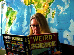 participating in... (limegreen367) Tags: moi weirdscience bridgeportcoffee womenreadingcomicsinpublicday