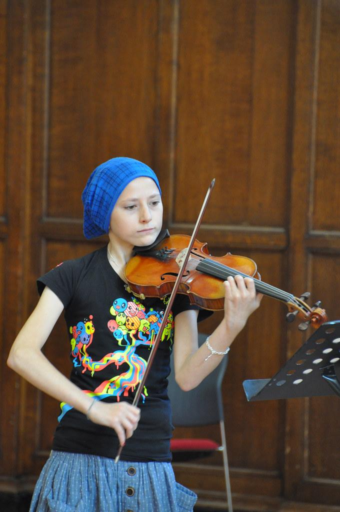 Amateur compose musician