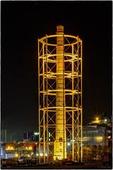 Illuminierter Schornstein - ESSE 7 (KLX-650) Tags: longexposure night germany deutschland nacht hamburg architektur schornstein nachtaufnahme blauestunde veddel aurubis