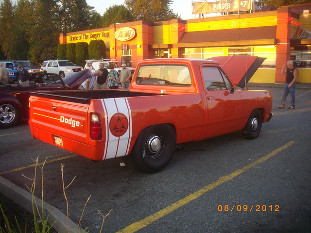 orange dodge 100 ram ay1538