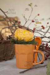 _MG_6835 (photomatthias) Tags: autumn cup tasse vertical fruit composition automne decoration verticale kaki ambiance accessory rosacanina accessoire comestible diospyroskaki sharonfruit