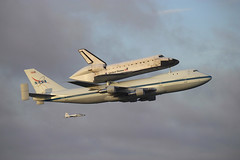 Endeavour departs (Flying Jenny) Tags: space nasa shuttle 747 orbiter endeavour ferryflight ov105 spottheshuttle