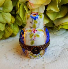 Limoges France Peint Main Porcelain Trinket Box Perfume Cobalt Artist Signed (Donna's Collectables) Tags: limoges france peint main porcelain trinket box perfume cobalt artist signed