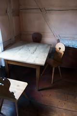 Antique German kitchen table (quinet) Tags: 2014 allemagne badwindsheim bezirkmittelfraken deutschland franconia frnkischesfreilandmuseum germany openairmuseum tisch table