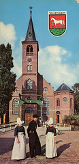 Volendam (Steenvoorde Leen - 2.3 ml views) Tags: ansichtkaart postkaart postcards postkarte karte card volendam klederdracht