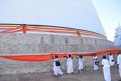 Ceremony at Ruvanvelisaya Dagoba, Anuradhapura (nickdippie) Tags: srilanka buddhism anuradapura temple dagoba ceremony buddhistceremony ruvanvelisaya travel