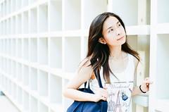 ...... (Mr.Sai) Tags: rolleiflex sl35me rollei 50mm f18 hft qbm fuji 100 analog film     taiwan taipei portrait girl