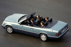 2398 (Race Mania International) Tags: deutschland mercedesbenz typ e 200 cabriolet 124 series