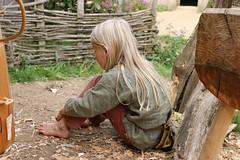 310 Haithabu WHH 21-08-2016 (Kai-Erik) Tags: geo:lat=5449116231 geo:lon=956703773 geotagged haithabu hedeby heddeby heiabr heithabyr heidiba siedlung frhmittelalterlichestadt stadt town wikingerzeit wikinger vikinger vikings viking vikingr huser house vikingehuse vikingetidshusene museum archologie archaeology arkologi arkeologi whh wmh haddebyernoor handelsmetropole museumsfreiflche wall stadtwall danewerk danevirke danwirchi oldenburg schleswigholstein slesvigholsten slesvigland deutschland tyskland germany bohlenwand reparatur zweitesskaldentreffen geschichtenerzhler musiker gruppesitram thomaspetersen jorgederwanderer urdvaldemarsdatter mittelalterlichemusikinstrumente skalden thorshammeralsamulettauszinngegossen 21082016 21august2016 21thaugust2016 08212016 httpwwwhaithabutagebuchde httpwwwschlossgottorfdehaithabu