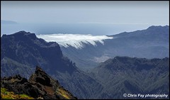 Cascading cloud (chrisfay55) Tags: lapalma spain mountain caldera volcano crater roquedelosmuchachos calderadetaburiente canaryislands viewpont vista
