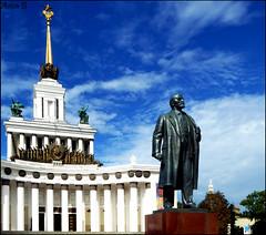 Lenin & the Van Dyke (Aviva B) Tags: moscow city architecture russia russian 2016 vystavka dostizheniy narodnogo khozyaystva central pavilion allrussia exhibition centre vdnkh lenin van dyke neoclassical socialism communism